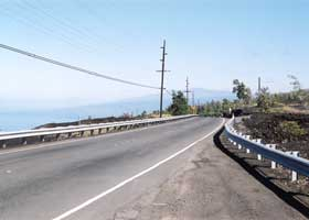 Scenic view of coast north of Papa Bay, from Mamalahoa Highway (state route 11)